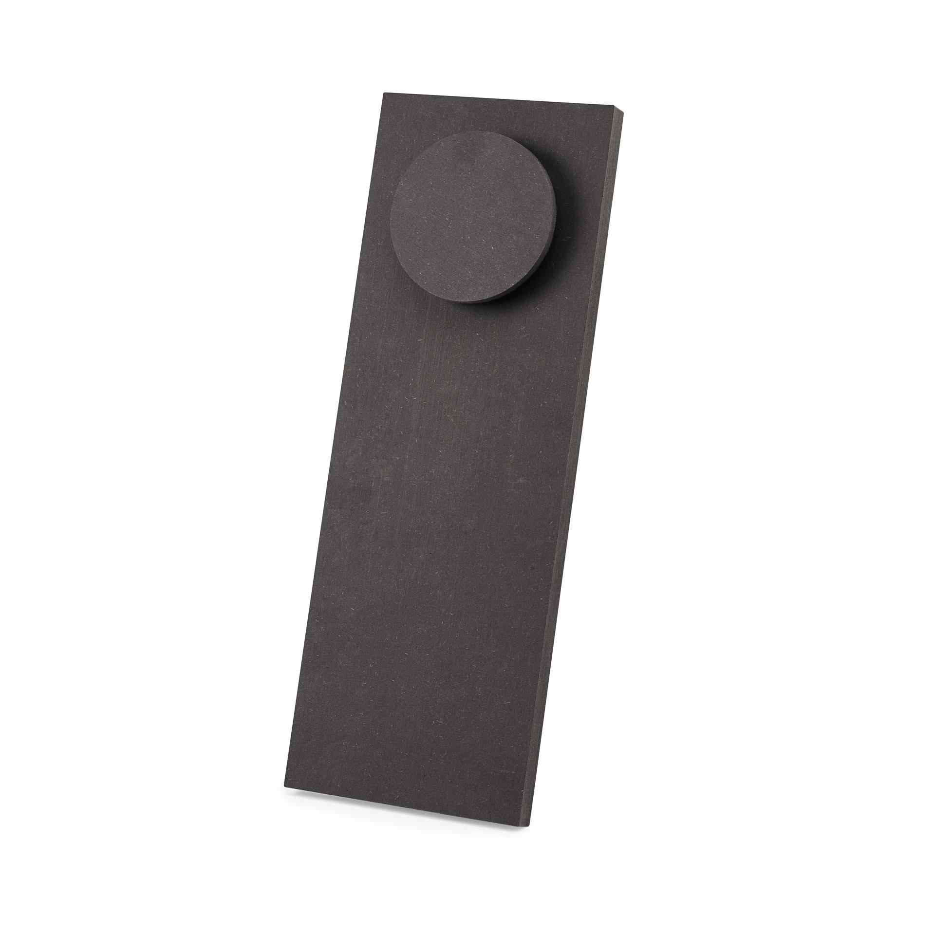 SPOT 38 Holzbüste, schwarz