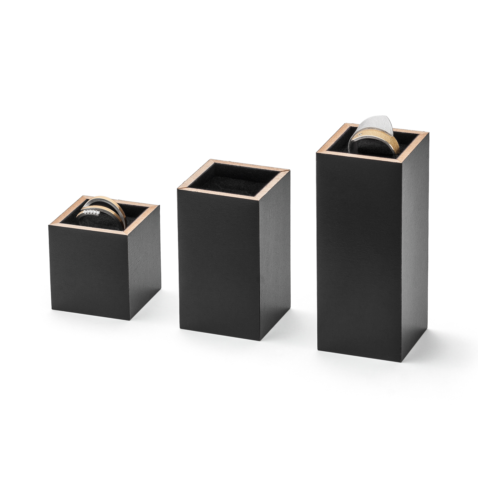 BLACKCUBE Ring stands